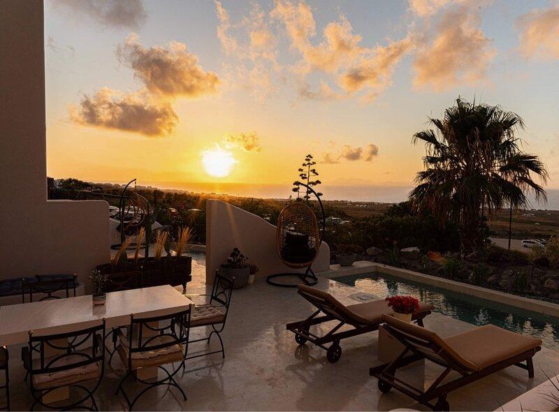 Pink Freud Villas, alquiler vacacional en Koloumpos