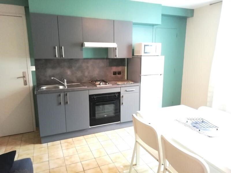 Appartement en centre ville de LA ROCHE POSAY, holiday rental in La Roche-Posay