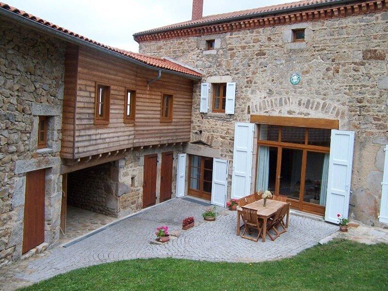 ECHANDELYS - 7 pers, 120 m2, 5/4, location de vacances à Saint-Bonnet-le-Chastel