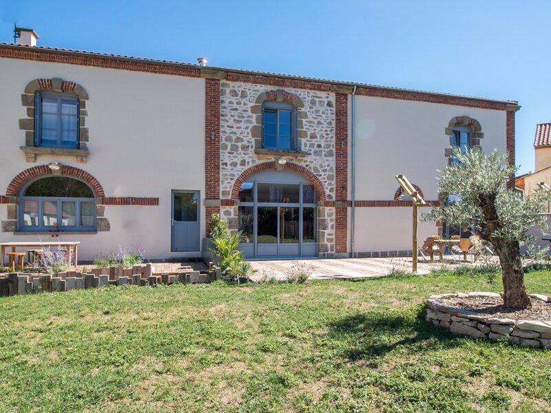 Chez Dinou, holiday rental in Issoire