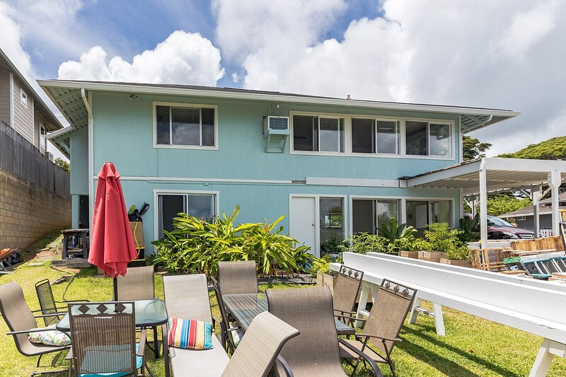 Enjoy Ocean Views at Relaxing 3BR Home in Kaneohe!, holiday rental in Kaneohe