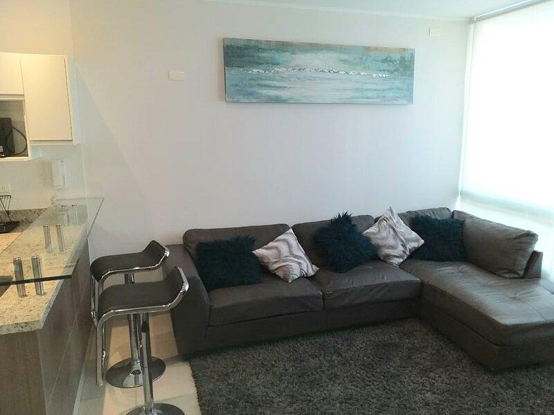 Hermoso departamento tipo Suite planta baja, holiday rental in Piura