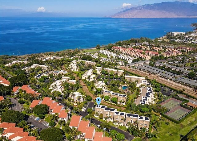 New Listing!  Spacious and Bright!  Great location at Maui Kamaole, Split AC, location de vacances à Kula