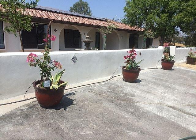 Na Hoku Ranch--Escape to Views, Starry Nights, Luxe Fire Pit, location de vacances à Santa Margarita