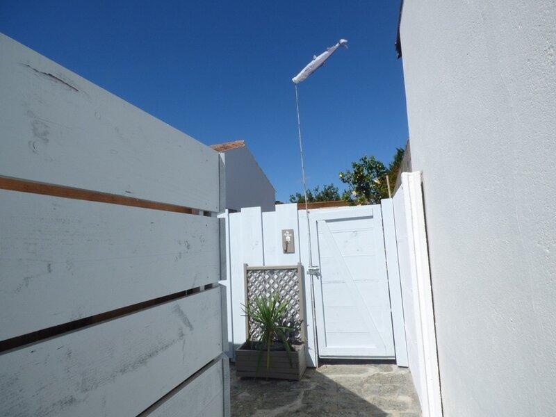 Maison de pays rénovée pour 6 personnes, holiday rental in Le Fenouiller
