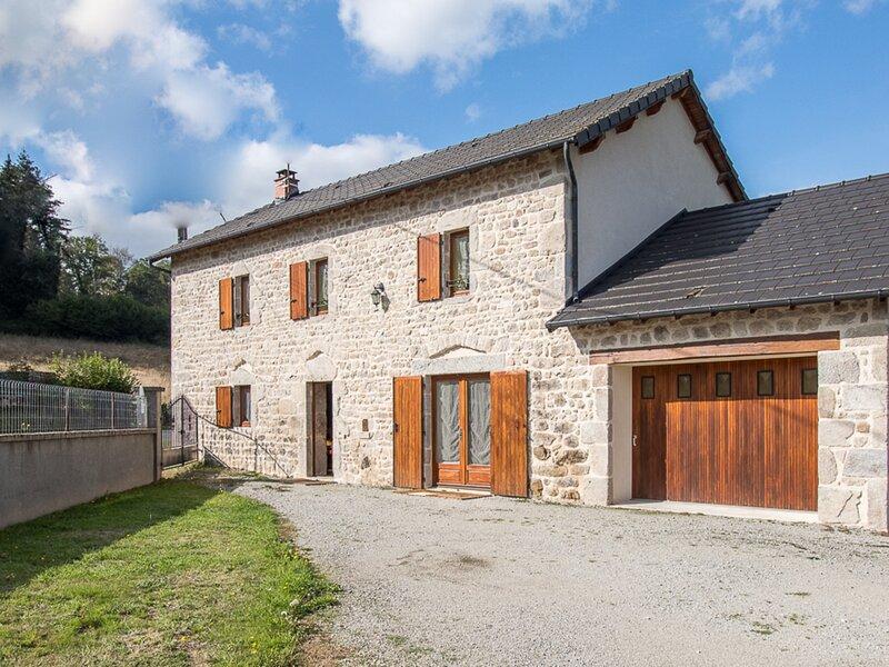 SAINT-AVIT - 6 pers, 120 m2, 4/3, holiday rental in Giat