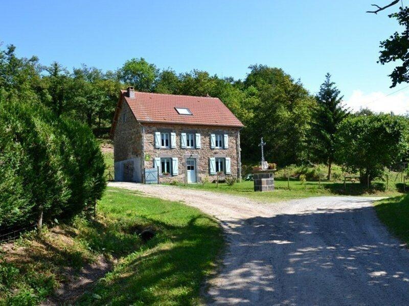 Les 4 chemins, holiday rental in Saint-Bonnet-de-Rochefort