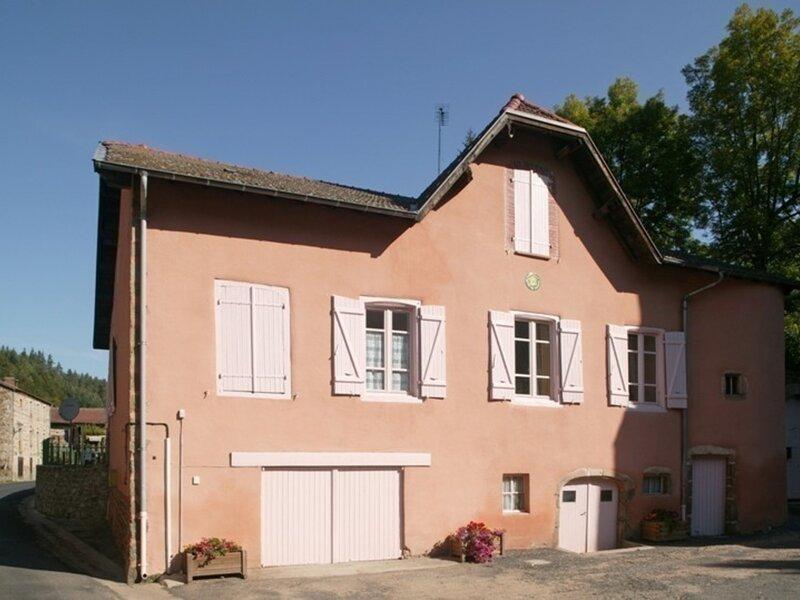Rieutord, holiday rental in Saint-Amant-Roche-Savine