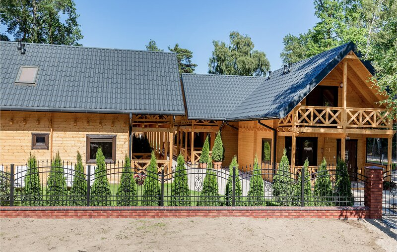 Awesome home in Pobierowo with 2 Bedrooms (PPO740), holiday rental in Pobierowo