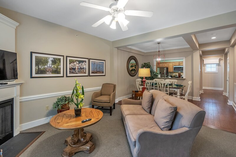 The Townes at King Creek, holiday rental in White Marsh