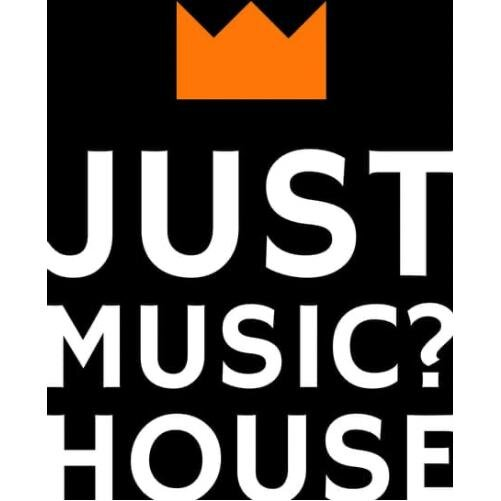Just music HOUSE, holiday rental in Palese