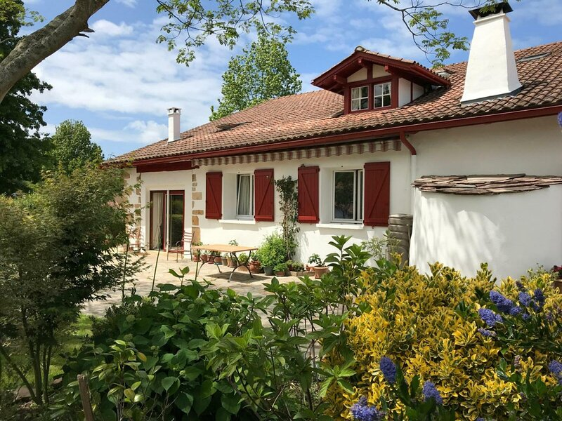 Location Gîte Sare, 4 pièces, 4 personnes, location de vacances à Sare