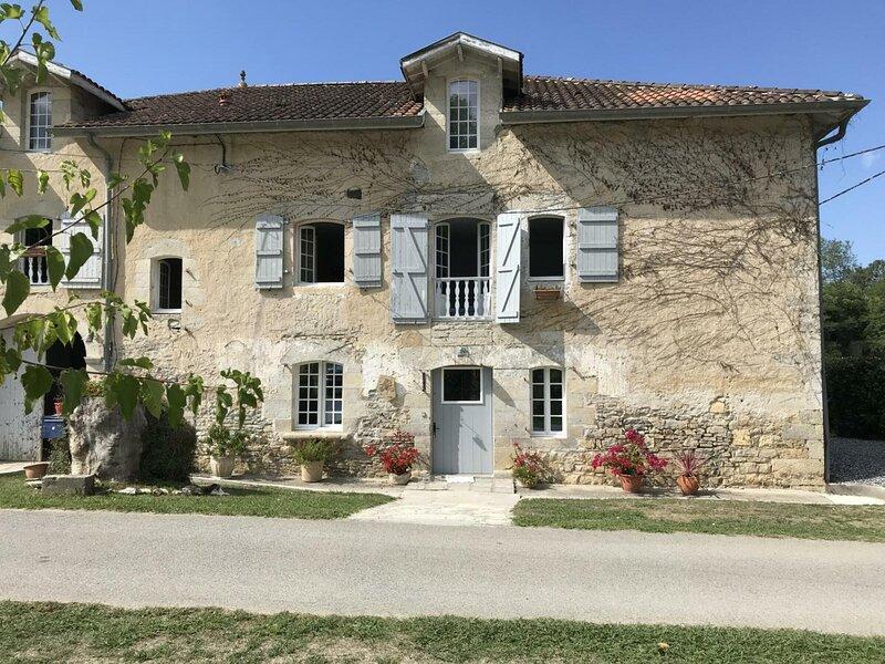Location Gîte Bidache, 3 pièces, 4 personnes, holiday rental in Masparraute