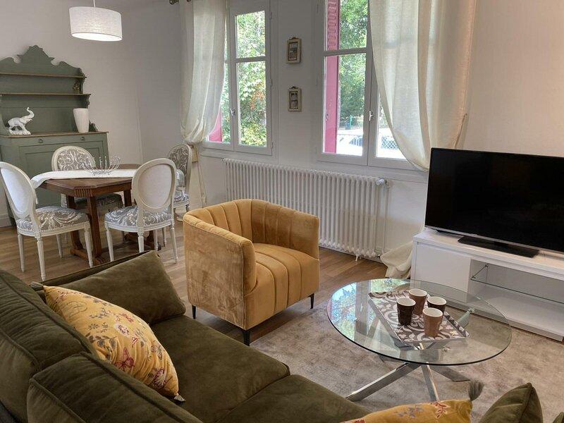 La Maison de ma Tante, holiday rental in Beaulon