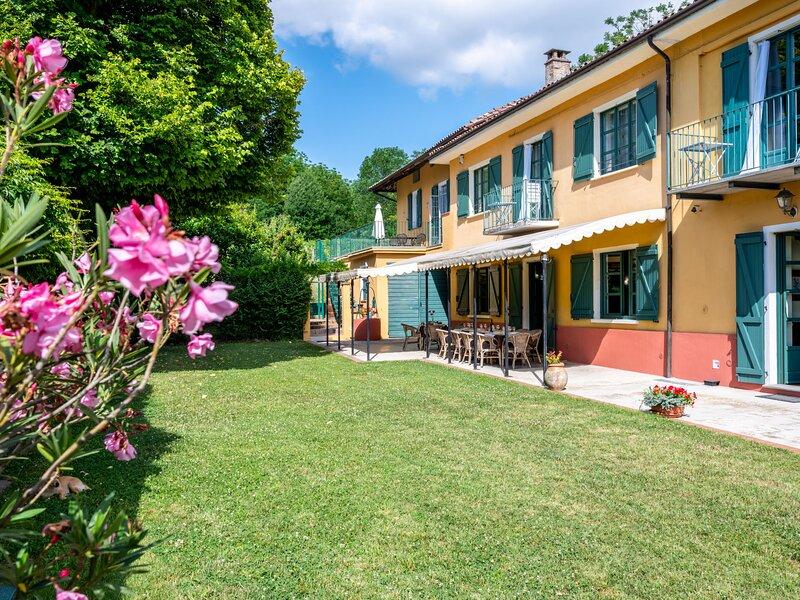 Grande Tiglio, app.to Blue (VDA103), holiday rental in Costigliole d'Asti