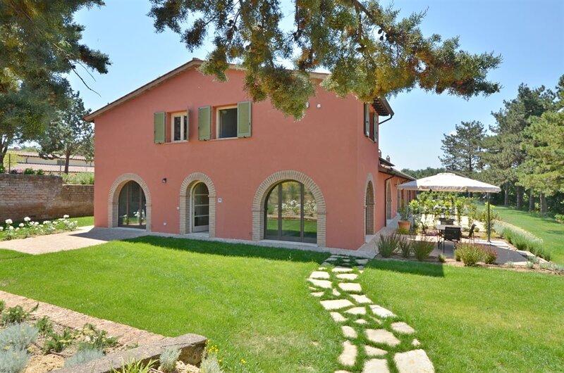 Villa Azzurro Deluxe - Cignella Resort, casa vacanza a Petroio