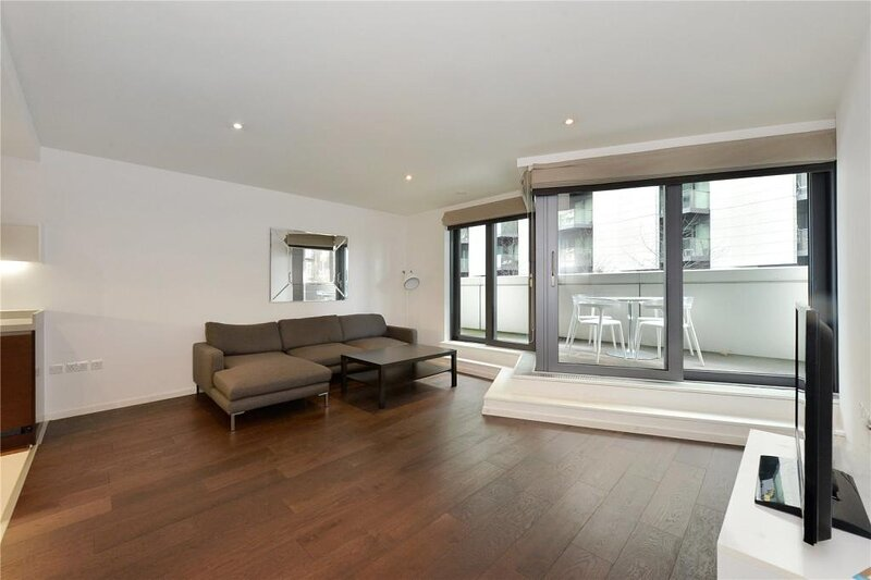 Modern Apartment in the Greenwich area, London, UK, holiday rental in East Ham