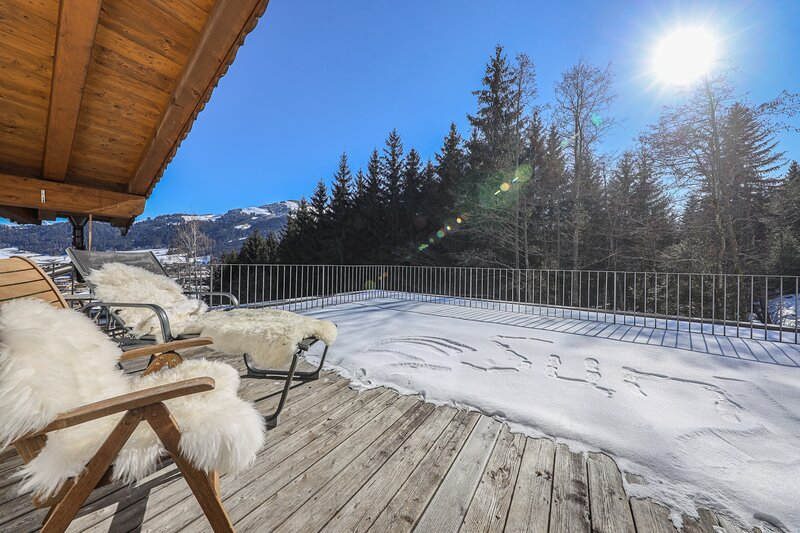 Penthouse Enzian im Gartenhotel Rosenhof, holiday rental in Kirchdorf in Tirol