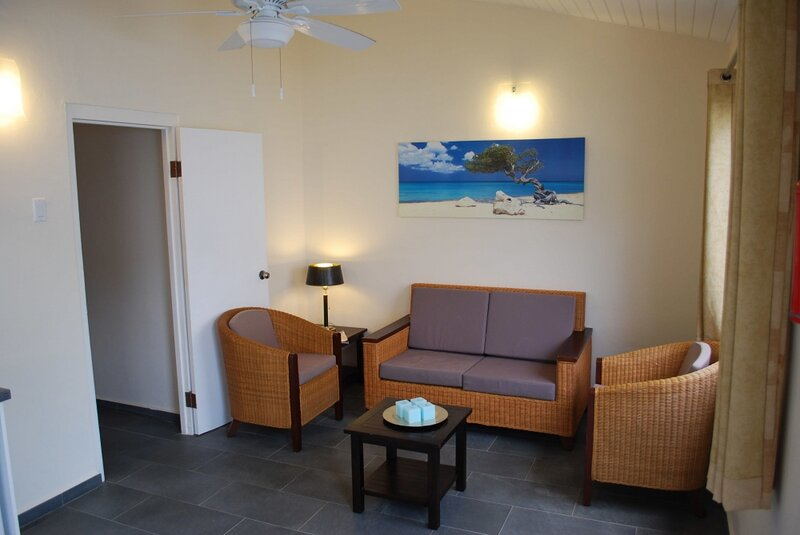 Deluxe 1BR 2T, holiday rental in Sabadeco