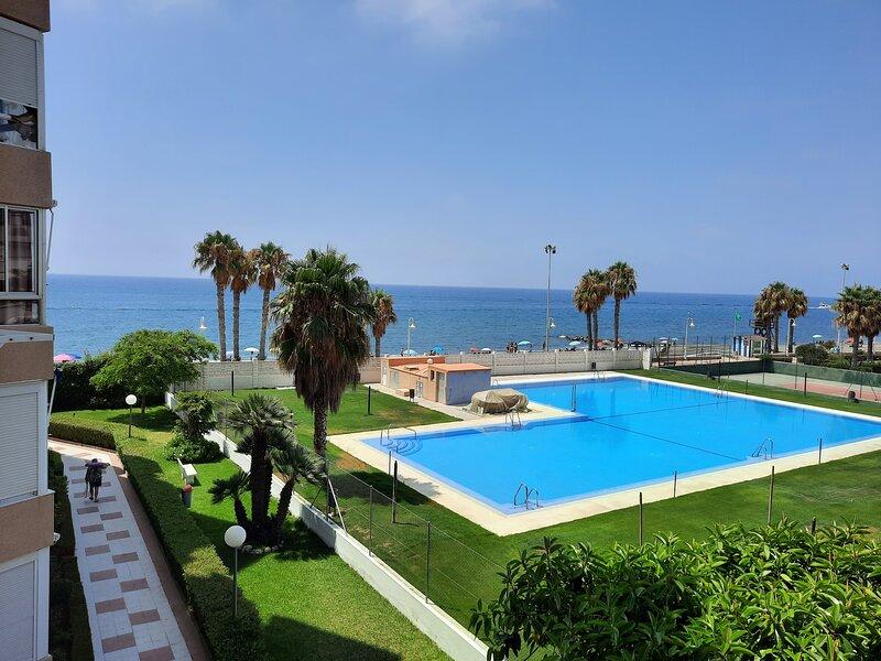 Apartamento a pie de playa, vacation rental in Algarrobo