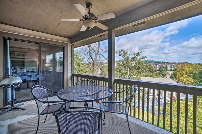 NEW! Branson Condo: 3 Miles to Table Rock Lake!, vacation rental in Point Lookout