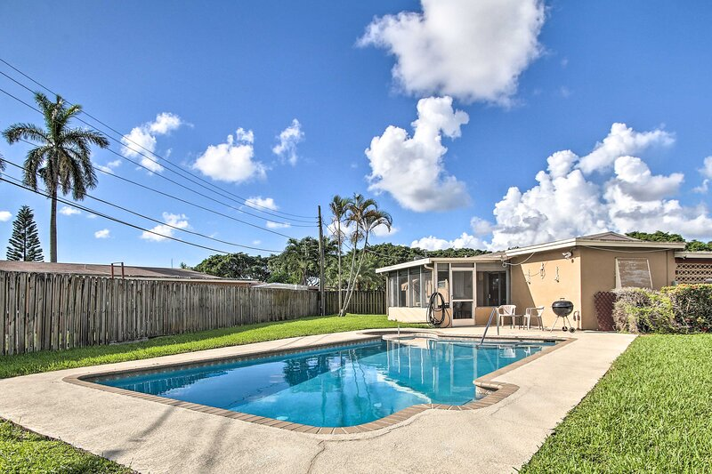 NEW! Pet-Friendly Margate House with Private Pool!, holiday rental in North Lauderdale
