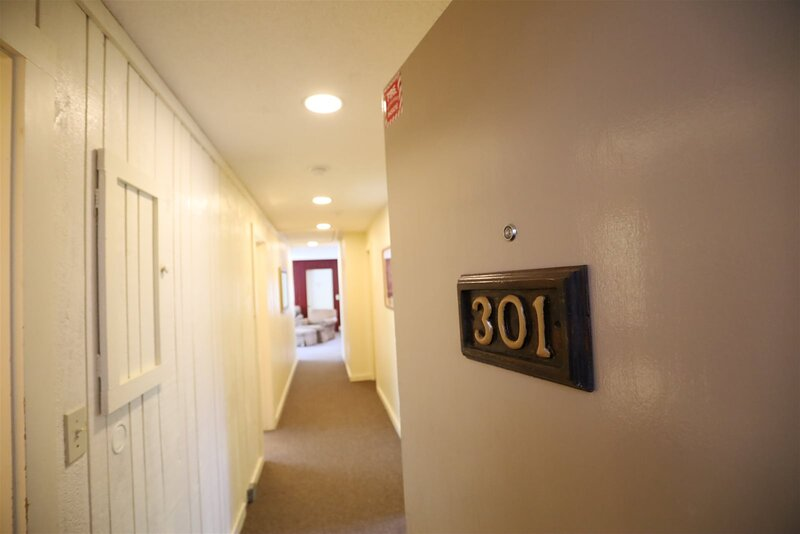 Inns of Waterville Valley 2 bedroom with complimentary passes to White Mountain, holiday rental in Waterville Valley