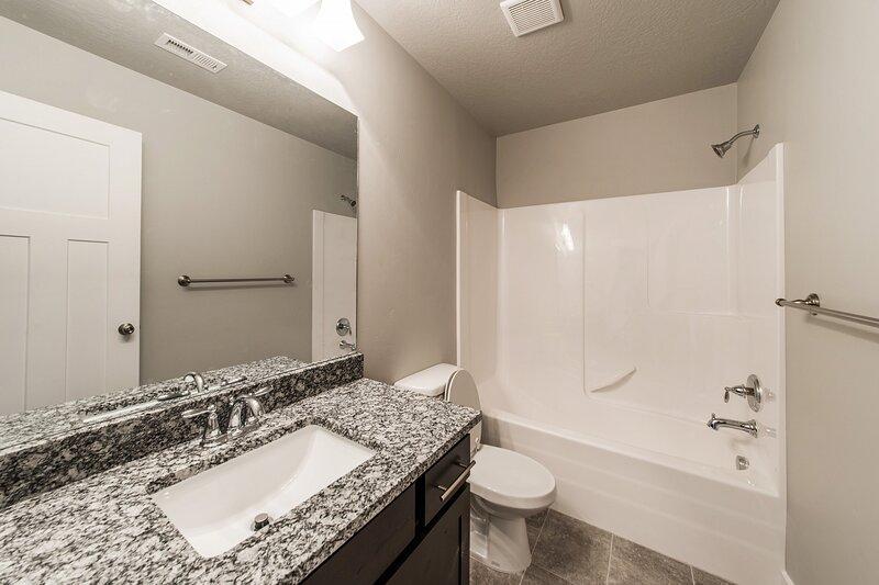 Clean 7 Bedroom, Gym, Sauna, Hot Tub, Game Room, vacation rental in Taylorsville