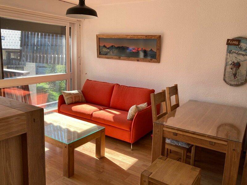 Appartement chaleureux pieds des pistes, holiday rental in Saint-Christophe-en-Oisans