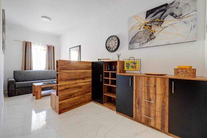 Idyllic Apartment steps from the Promenade, holiday rental in Ta' Xbiex