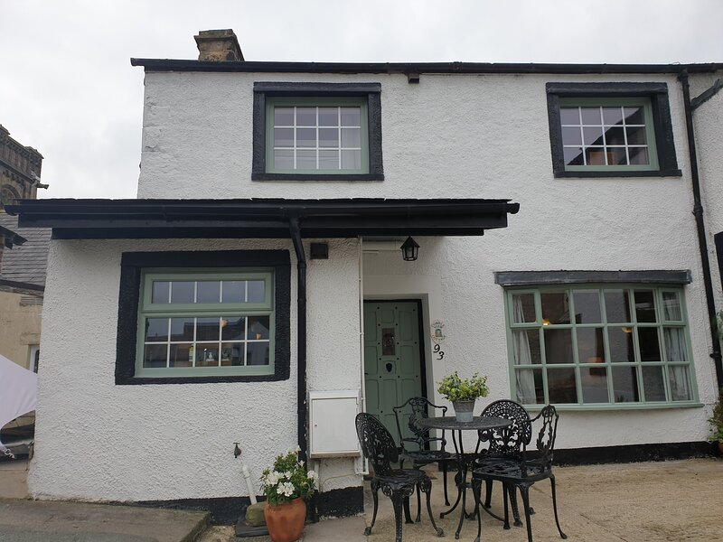 Hidden Gem Cobble View Cottage, Waddington., holiday rental in Clitheroe