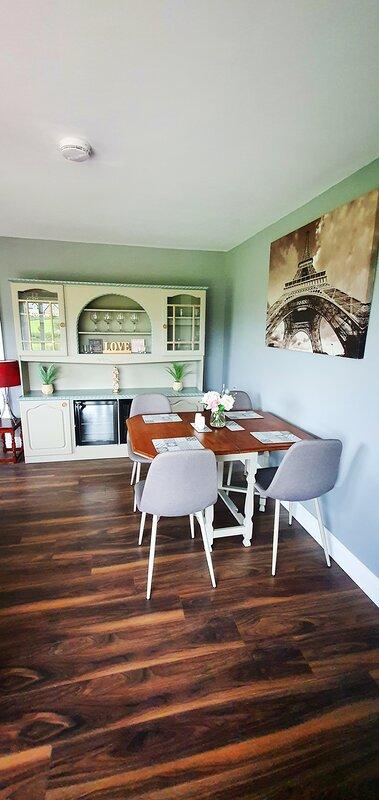 Modern self catering studio in the beautiful peaceful countryside, location de vacances à Boa Island