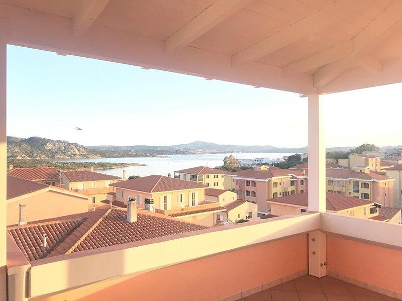 Attico LA MADDALENA, vacation rental in La Maddalena