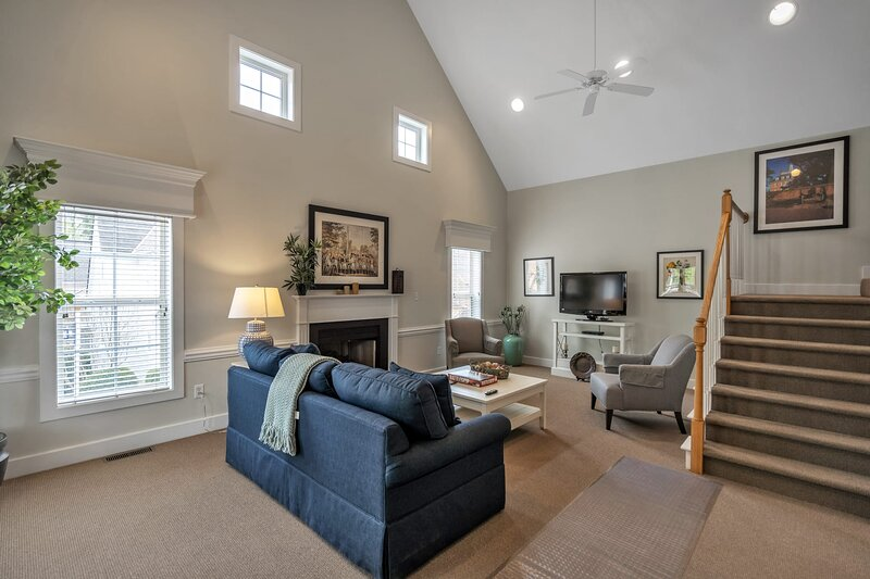 The Kings Creek Cottages, holiday rental in White Marsh