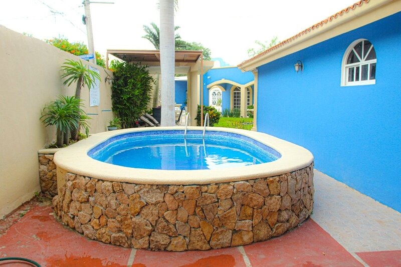 Incredible and Private 7BR House | Merida | Private Pool & Uncovered Backyard |, holiday rental in Conkal