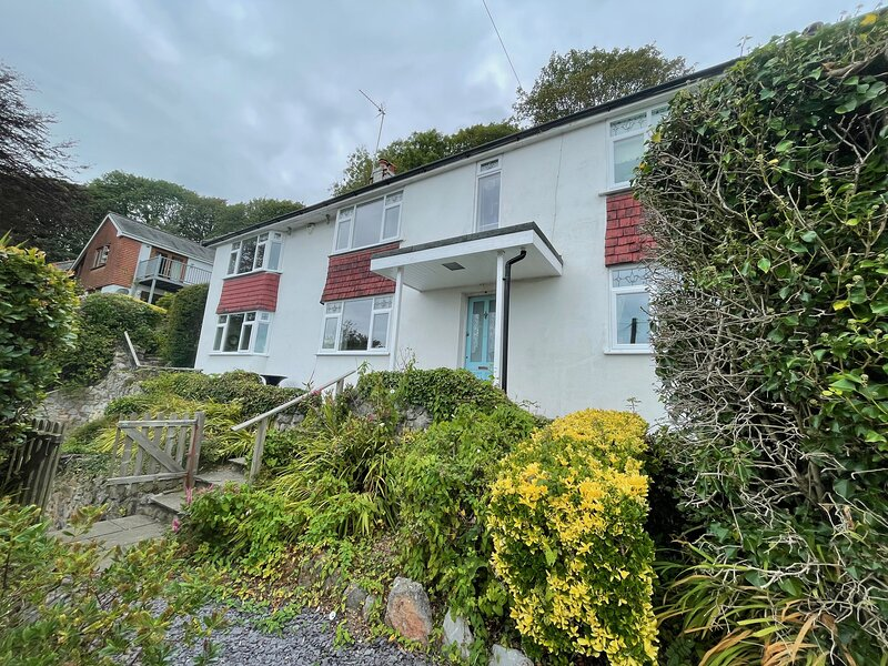 Summerhill - Caswell Bay - Stunning Sea Views and Garden, vacation rental in Parkmill