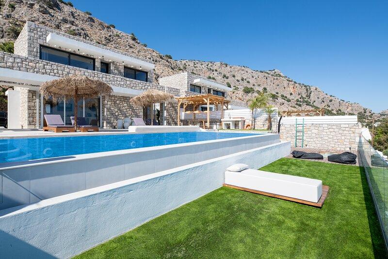 Lido White Villa, location de vacances à Pefkos