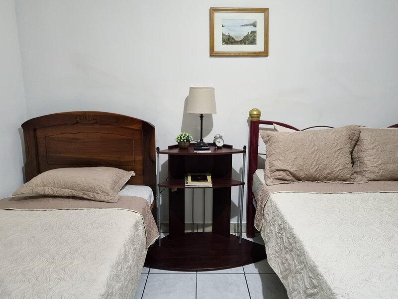 Delightful house near airport, feel like home, holiday rental in Pilas