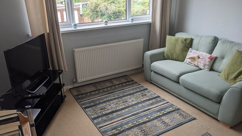 Kathys Cwtch, a cosy Welsh 2 bed flat free offroad parking, casa vacanza a Porthcawl