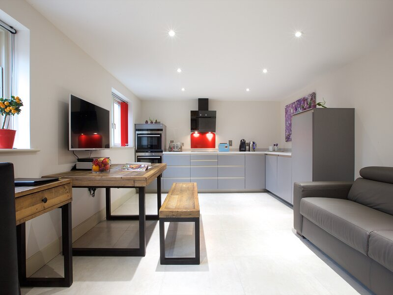 Railway Cottage, Nailsworth, holiday rental in Amberley