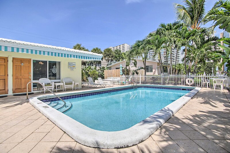 NEW! Prime Pompano Beach Getaway - Walk to Ocean!, holiday rental in Lighthouse Point