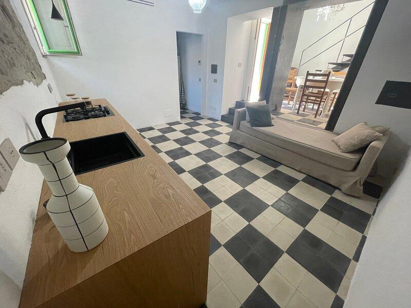 Casa Don Michele, aluguéis de temporada em Letojanni