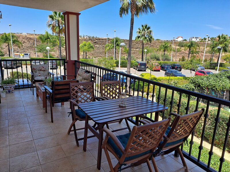 APARTAMENTO MANUELA  **RESIDENCIAL VISTA ESURI**, holiday rental in Costa Esuri