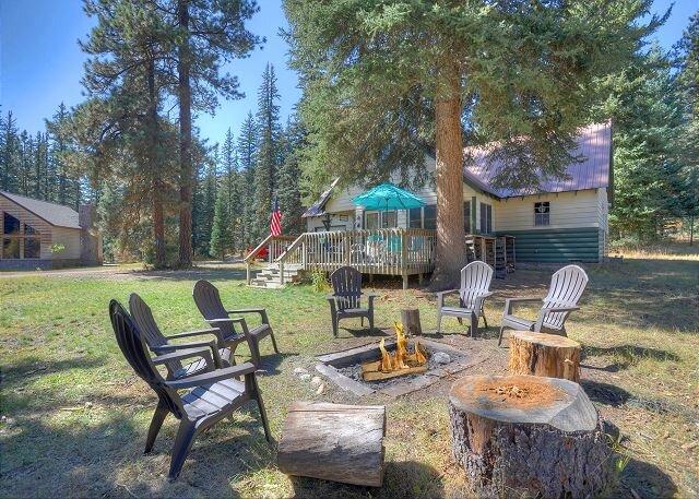 Nana's Cabin - 4 BR - Near Lake Vallecito, alquiler de vacaciones en Bayfield