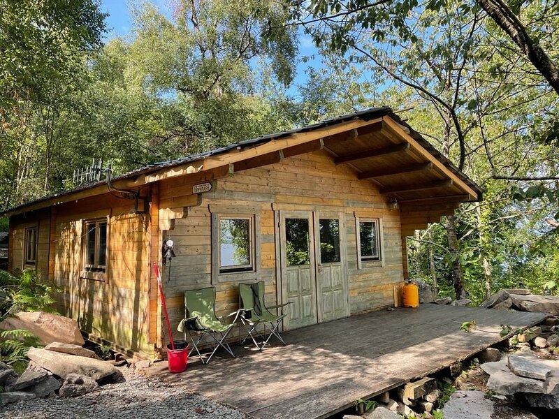 Beautiful 3-Bed Cottage in Tipperary, aluguéis de temporada em Ogonnelloe