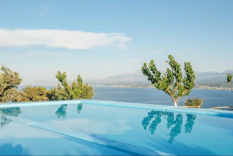 Villa Akrolithos, holiday rental in Afrata