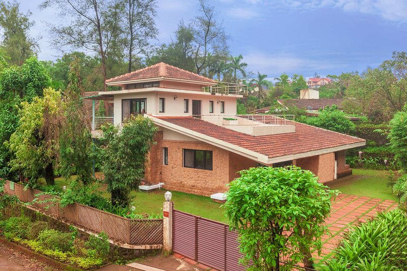 Villa Verona by Vista Rooms, location de vacances à Khalapur