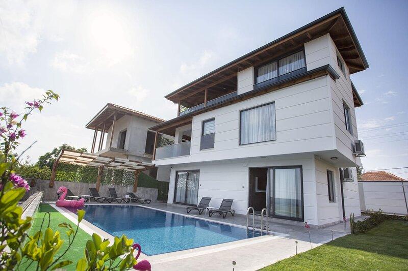 VILLA YILDIZ PREMIUM, vacation rental in Antalya