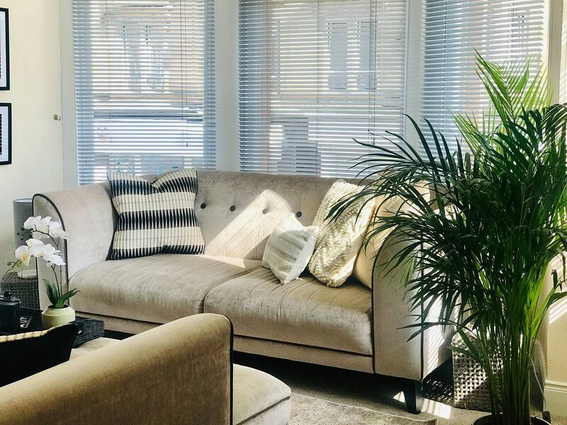 Stylish 1-Bed Apartment in Glasgow, location de vacances à Giffnock
