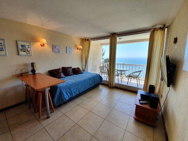 Oceana Suites Bahía Pelícanos ∙ Suite N703, vacation rental in Puchuncavi